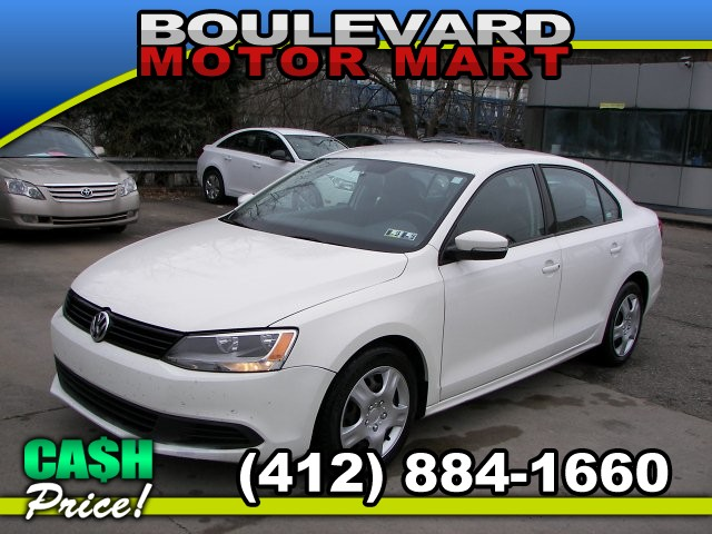 2012 Volkswagen Jetta SE 6-Speed Automatic